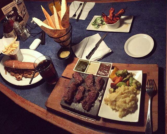 مطعم ستيك هاوس