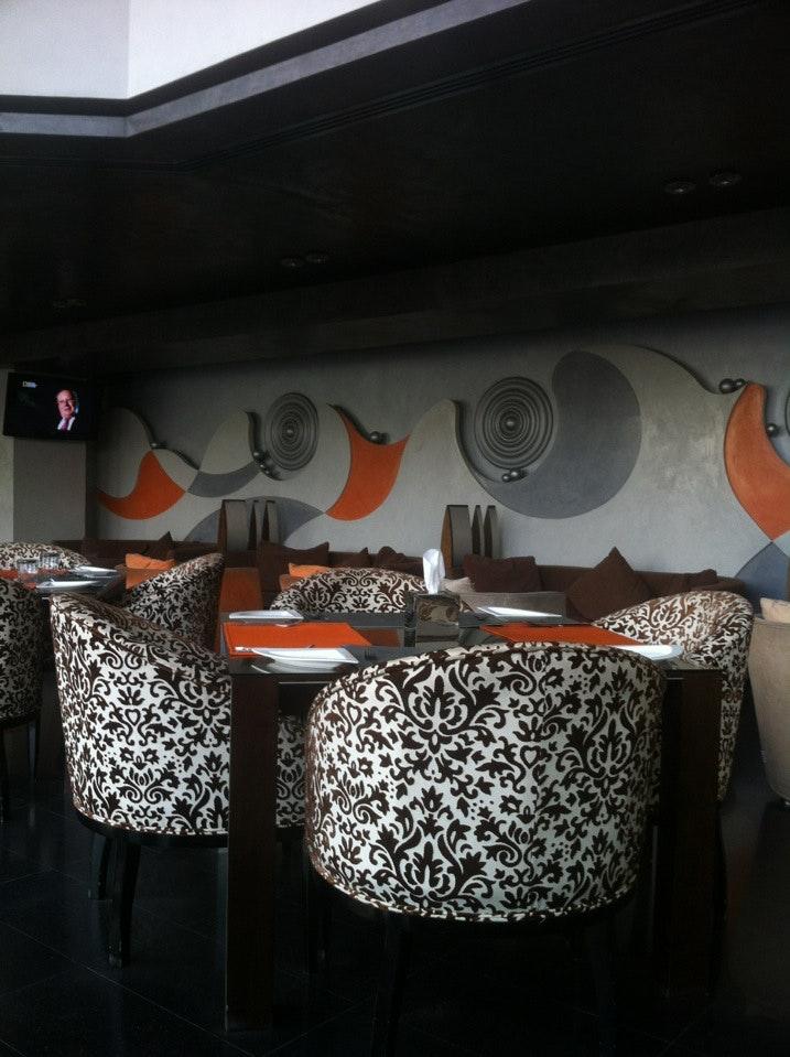مطعم سكويزيتو