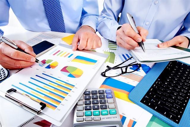 استشارات مالية ومحاسبية