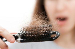 خلطات لعلاج تساقط الشعر