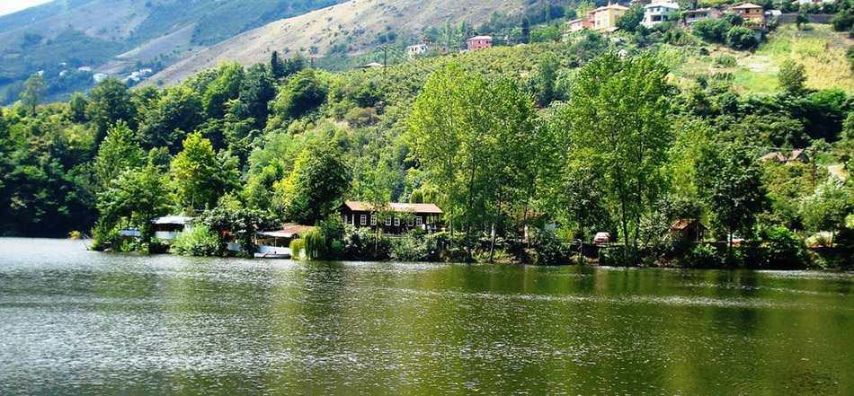 .بحيرة سيرا جول.