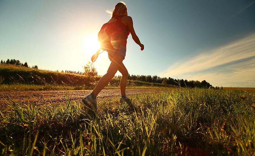 المشي لمسافات طويلة