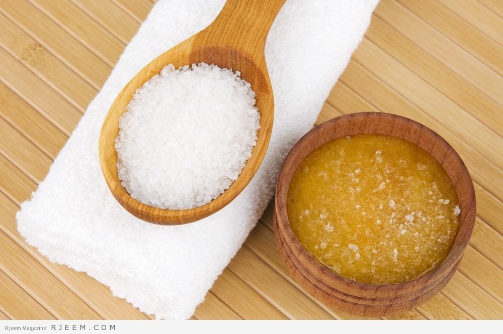 مقشر الملح أو السكر