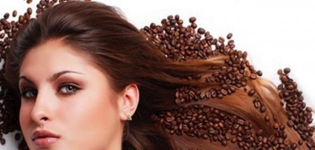 علاج الشعر المتقصف بالقهوة والزيت