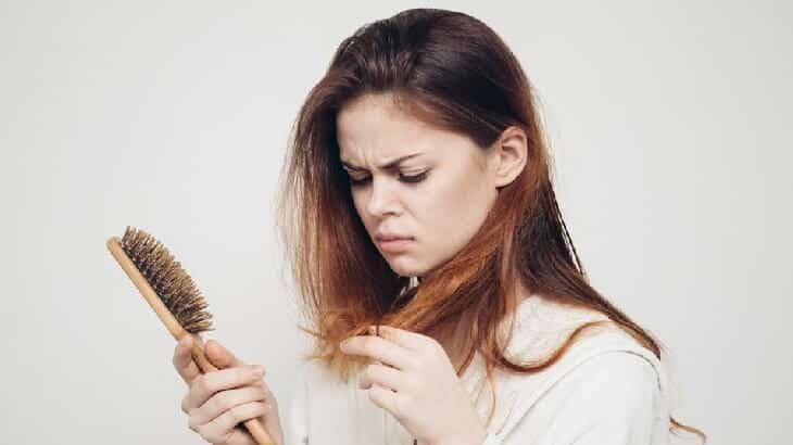 علاج تقصف الشعر الشديد وجفافه بالاعشاب