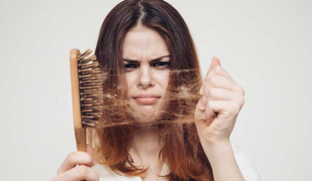 علاج تقصف الشعر من الامام وجفافه