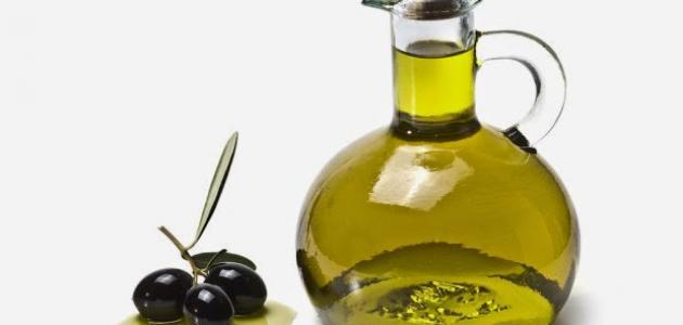 استخدام زيت الزيتون لتساقط الشعر