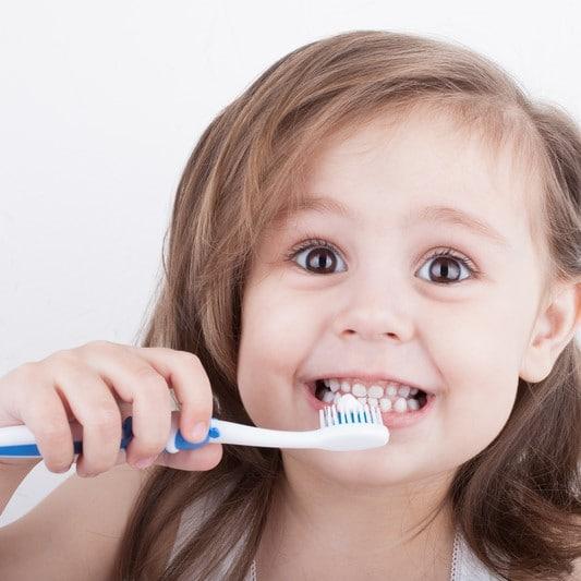 صحة أسنان الطفل