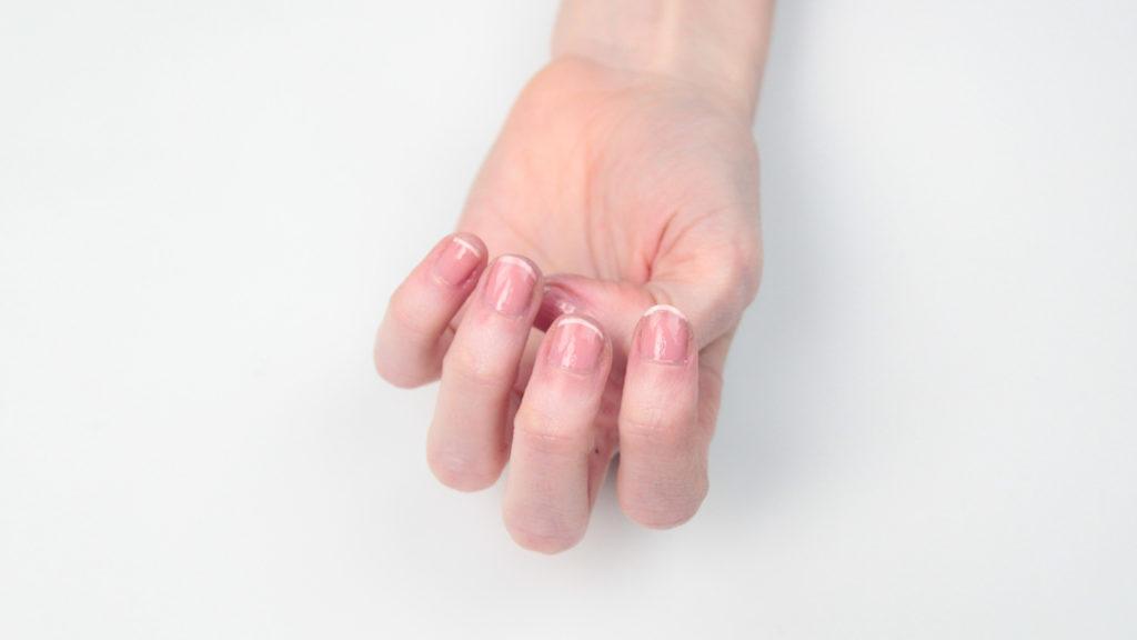 عمليات تجميل اظافر اليد