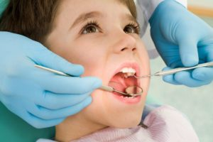 أطقم الأسنان الزيركون