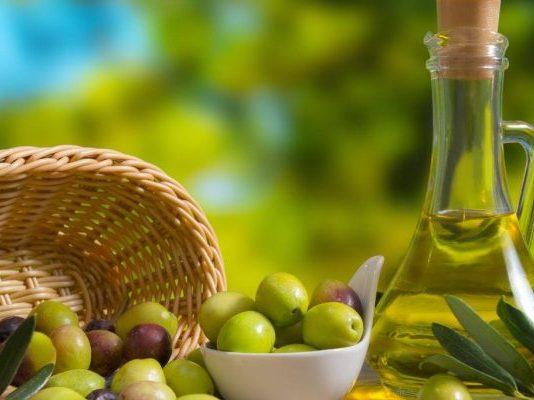 أنواع زيت الزيتون الطبيعي