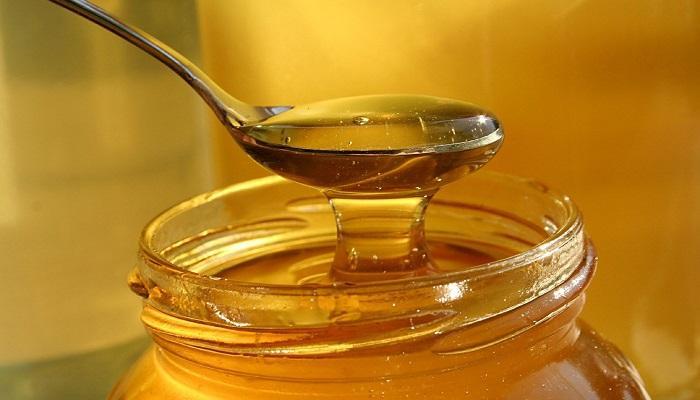 العسل للفطريات