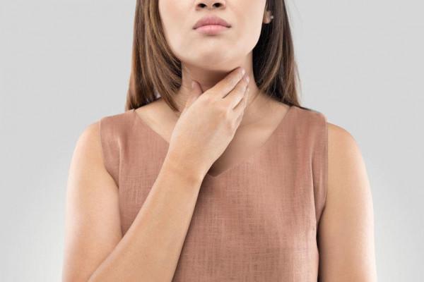 فوائد العسل لعلاج التهاب الحلق