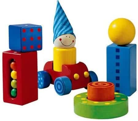 تصنيع ألعاب سيارات أطفال