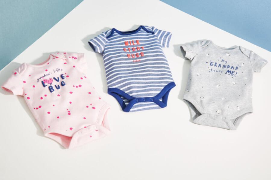 مصانع ملابس اطفال حديثي الولادة